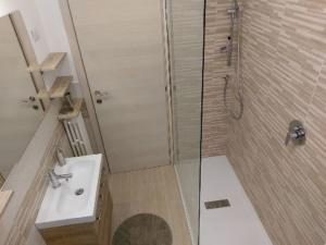 Bagno 1 di Chianti Best House- casa con 4 camere da letto